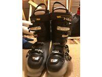 Head Ski Boots size uk 9.5 / 28.5 Excellent Condition