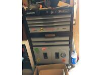 Roll cab tool chest
