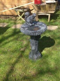 Lovely large solid squirrel log effect bird bath
