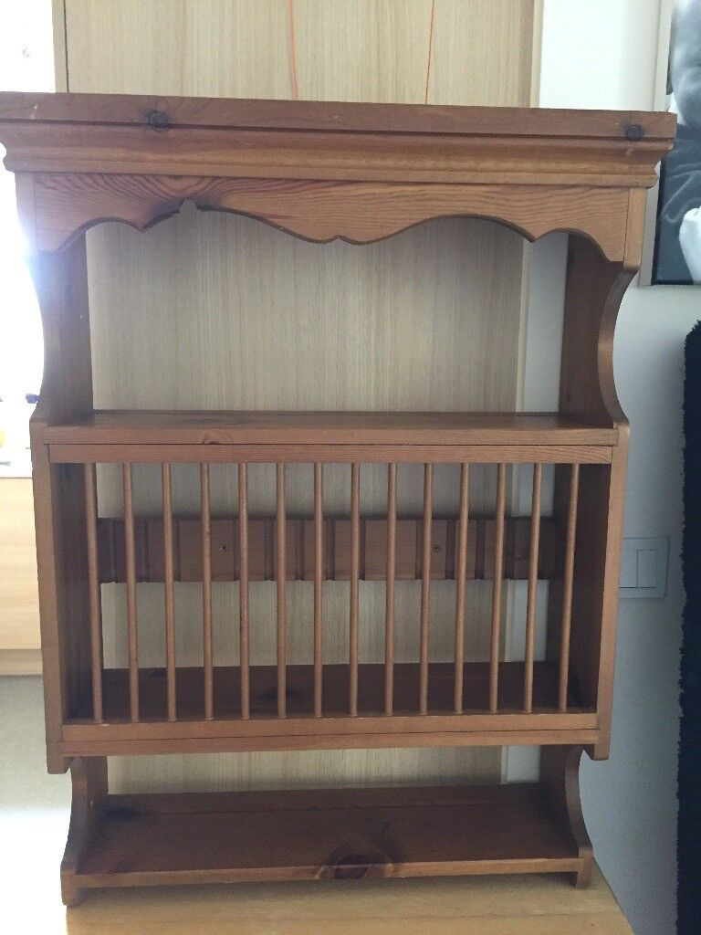 Pine plate / cup wall rack