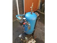 Upright air compressor