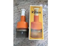 Zyliss Easi-chop for food – Swiss made, vintage