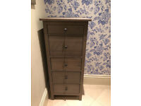 Chest of 5 drawers - Great bargain. Great condition,