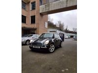 For Sale Mini One 1.6 Petrol 90 bhp year 2002 Excelent Condition...............!!!!!!!!!