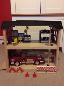 Wooden fire station, fire engine and accessories