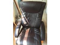 Swivel chair manual recline