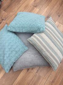 Cushion bundle