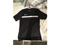 Nike Dri-Fit Top | Size Medium, Cheap Price