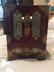 Vintage Chinese Jewellery Box