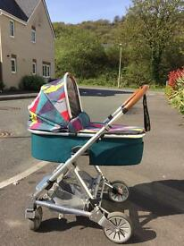 Urbo 2 Mamas and Papas Pram