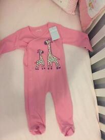 Brand New JoJo Maman Bébé 6-12 Months girls sleep suit