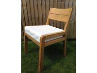 VGC Habtat RADIUS Oak chair