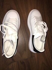 Alexander McQueen size 7 trainers