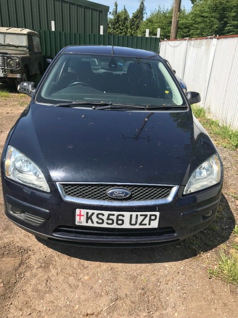 Ford Focus Dark blue 2.0 Diesel tdci Manual Breaking - all parts available.  - bonnet