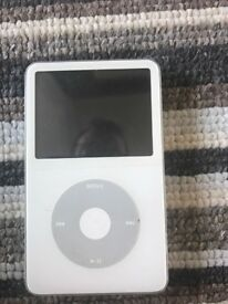 IPOD 30gb original click wheel version
