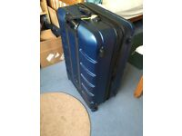 Large 'it' Suitcase with TSA approved lock. 4 wheels. VGC.