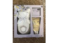 Baylis & Harding mum to be gift set