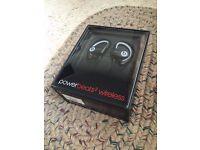 BNIB Apple Beats by Dr. Dre Powerbeats 2 Wireless In-Ear Headphones - Black Sports Edition RRP £170