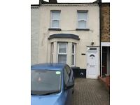 4 bedroom house in Bensham Grove, Thornton Heath, Thornton Heath