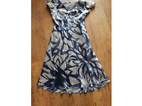 PURE SILK DRESS - M&S AUTOGRAPH - SIZE 12 - SHAPED BUST - LOVELY CONDITION
