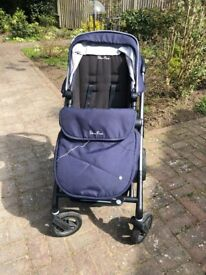 Silvercross pioneer pushchair and carry cot