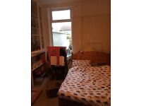 Double room in Southville from 27th March for 6 month minimum. £365 p/m + fees