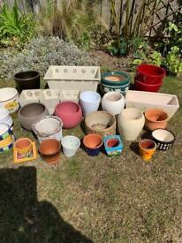 Ceramic & metal plant pots