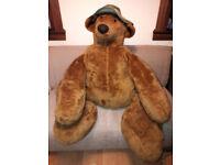 GIANT TEDDY BEAR / FLOOR CUSHION