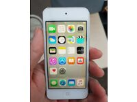 Apple Ipod Touch 5th Generation 32 GB ( With Camera ) fully boxed in excellent condition.