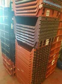Baskets plastic trays