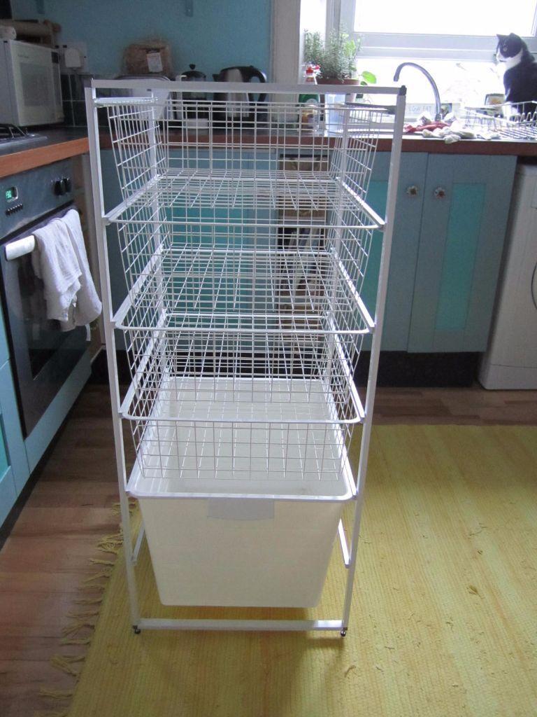 ikea storage system with algot frame 4 komplement wire. Black Bedroom Furniture Sets. Home Design Ideas