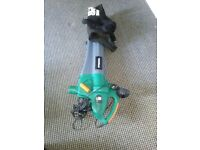 Garden leaf / grass vacuum and blower. FREE Rake