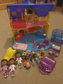 Doc mcstuffins house and accessories