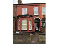 Available bedsit in Bolton Road, M6