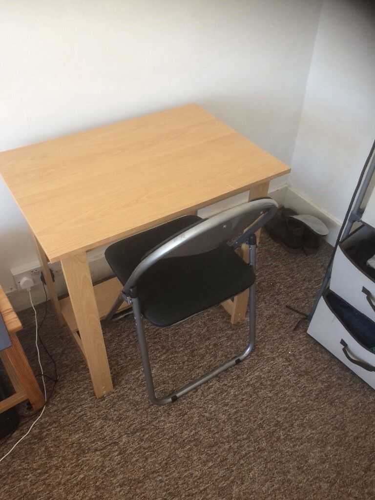 Desk and Chairin Hove, East SussexGumtree - Desk and chair in very good condition available in the Hove area