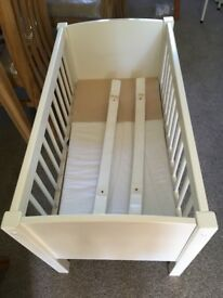 Rocking crib for sale