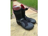 Ladies wetsuit boots - size 4-5