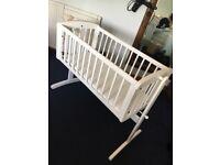 White crib.
