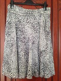 Ladies Jeff & Co Skirt 12