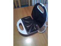 SANDWICH TOASTER - UNUSED GIFT with original box & instructions. BRAND NEW.