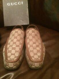 Men's size 8 Gucci shoes