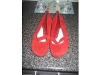 Ladies Size 7 Red Foot Glove Wide Fit Leather & Suede Shoes