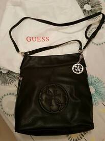 Guess handbag authentic 100%