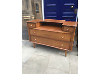 Vintage dressing table , great shape . Size L 46in D 19in H 30in. Free local delivery.