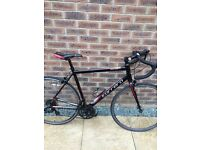 CARRERA ZELOS 301 ROAD RACING BIKE MEDIUM FRAME GATOR SKINTYRES