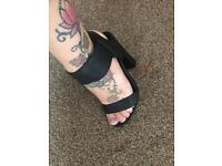 Beautiful black ladies heels size 3