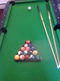 Viavito 6x3 pool table. Hardly used and in mint condition