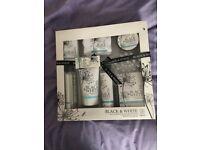 Black & White Bath & Body Gift Set BNIB
