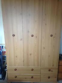 Wardrobe & drawer set
