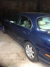 S type jaguar 3.0 auto X reg 2000 spares or repair 10 months mot